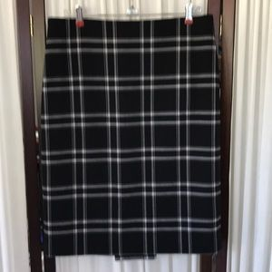 Ann Taylor Loft stretch skirt